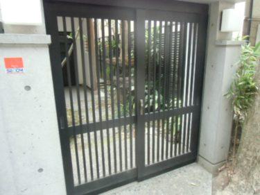 鎌倉市 K様 玄関引戸の修理例